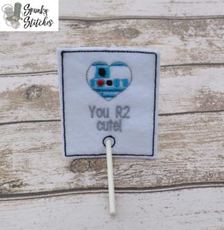 R2D2 valentine Sucker holder in the hoop embroidery file by Spunky Stitches.